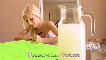 PASSION-HD HUGE dick STRETCHES teen Piper Perri