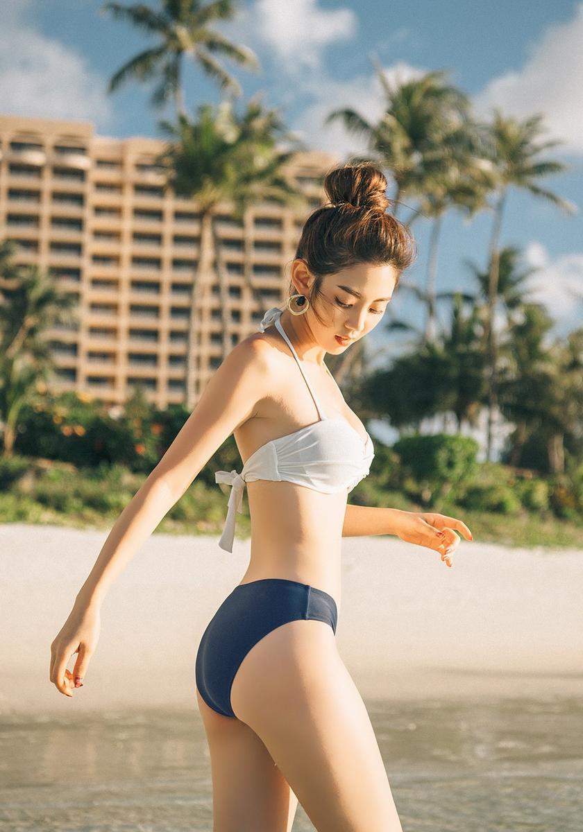 Lee Chae Eun - Sharpollo Bikini - 02/06/19