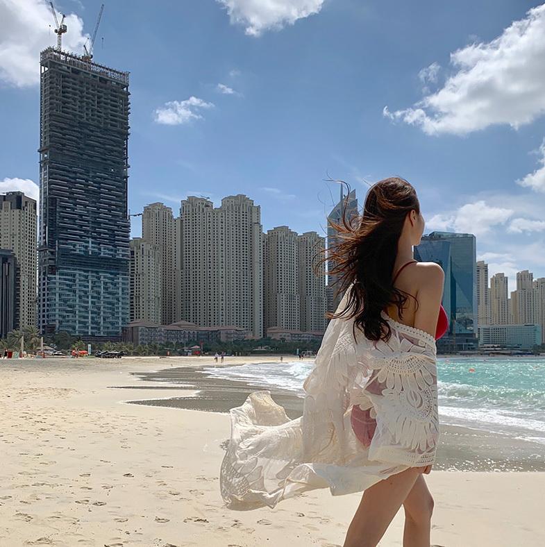 Kwon Byul - Deep Crimson Swimsuit