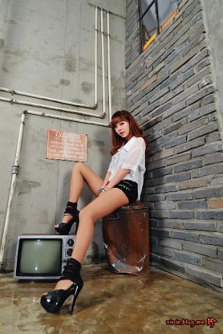 [Seo Jin Ah] 2013.12.16 + 12.20 - Crazy Leggy