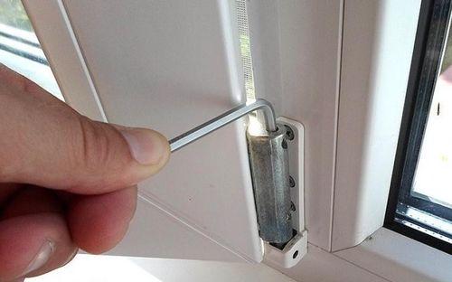 Изображение - Устройство балконной пластиковой двери proxy?url=http%3A%2F%2F1prodveri.ru%2Fwp-content%2Fuploads%2F2016%2F11%2Fustrojstvo-plastikovoj-dveri_10