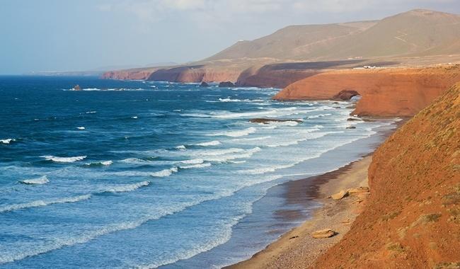 Изображение - Достопримечательности агадира proxy?url=http%3A%2F%2F29palms.ru%2Fphoto%2Fhotels%2Fmarocco%2Fagadir%2Fagadir_dost%2F0%2Fthumb%2F019_Klub_puteshestviy_Pavla_Aksenova_Marokko_Legzira_Beach_Foto_jahmaica_-_Depositphotos