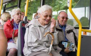 Изображение - Социальные льготы для пенсионеров по старости, условия и порядок получения в 2019 году proxy?url=http%3A%2F%2Flgoty-vsem.ru%2Fwp-content%2Fuploads%2F2018%2F01%2F21615ff211c60b43d866a2b2bca320da_XL-300x187
