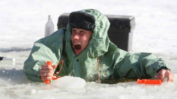 Изображение - Правила безопасности при нахождении и рыбалке на льду proxy?url=http%3A%2F%2Flovlyavsem.ru%2Fwp-content%2Fuploads%2F2018%2F02%2Fspasalki-600x338