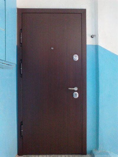 Изображение - Как выбрать входную дверь с шумоизоляцией в квартиру proxy?url=http%3A%2F%2Fmezhdveri.ru%2Fwp-content%2Fuploads%2F2016%2F11%2Fris.-1-5-400x533