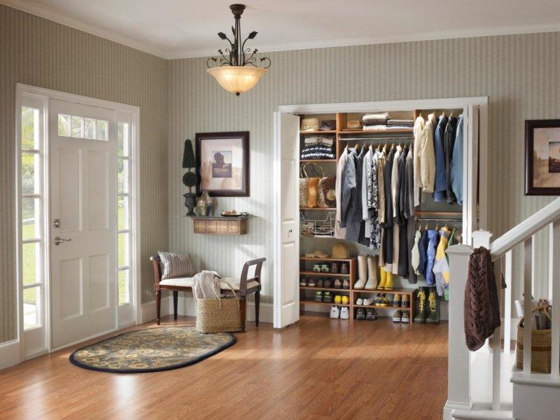 Изображение - Мебельные стенки со шкафом для одежды в интерьере proxy?url=http%3A%2F%2Fmystroyinfo.ru%2Fwp-content%2Fuploads%2F2017%2F01%2Fgostinaya-so-shkafom-3