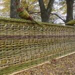 Изображение - Оригинальный плетенный забор на даче технология изготовления proxy?url=http%3A%2F%2Fvamzabor.net%2Fwp-content%2Fuploads%2F2014%2F08%2Fpletenyy-zabor1-150x150