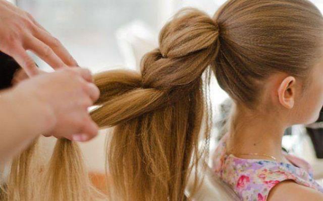 Изображение - Гофре прически на средние волосы proxy?url=http%3A%2F%2Fvashvolos.com%2Fwp-content%2Fuploads%2F2016%2F10%2Fpricheski-s-gofre16