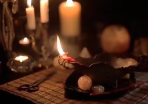 Изображение - Приворот женщины на церковных свечах proxy?url=http%3A%2F%2Fyour-magic.ru%2Fwp-content%2Fuploads%2F2015%2F12%2Fprivorot-na-cerkovnyh-svechah3