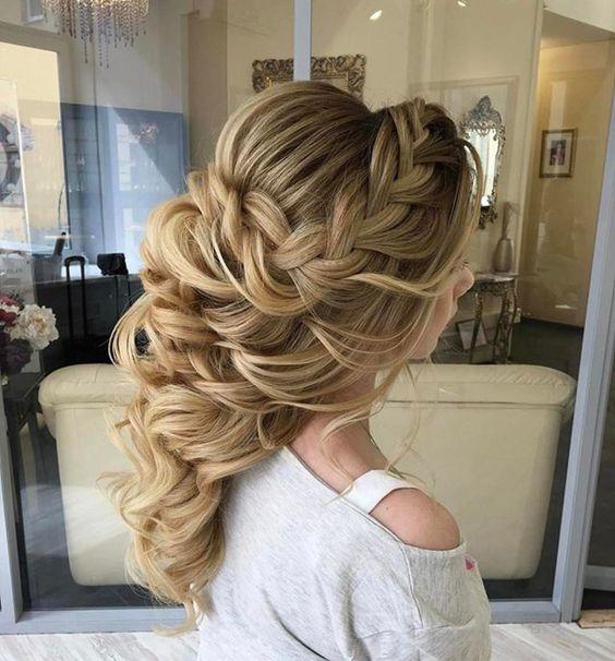 Изображение - Объемная укладка на средние волосы proxy?url=https%3A%2F%2F3.404content.com%2F1%2F08%2F30%2F1212302709922203081%2Ffullsize