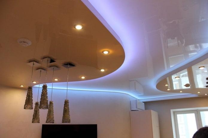 Изображение - Натяжные потолки с подсветкой в интерьере proxy?url=https%3A%2F%2Fdesign-homes.ru%2Fimages%2Fgalery%2F1514%2Fparyashchij-natyazhnoj-potolok_5c168f400694f-t_c