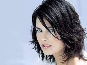 Изображение - Стрижка аврора на средние волосы proxy?url=https%3A%2F%2Fhair-moda.com%2Fwp-content%2Fuploads%2F2018%2F01%2FPricheska-italjanka-s-legkim-besporjadkom-300x225