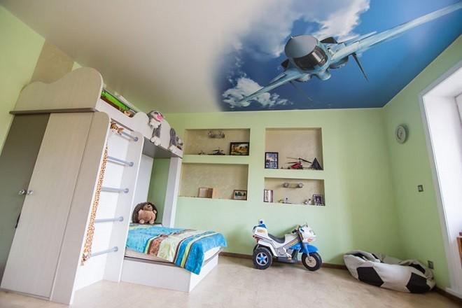 Изображение - Потолки в детской комнате proxy?url=https%3A%2F%2Fhoroshijpotolok.ru%2Fwp-content%2Fuploads%2F2018%2F02%2FNatyazhnye-konstruktsii-v-detskoj-1