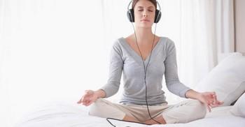 Изображение - Медитация для сна успокоения и уверенности в себе фрейда proxy?url=https%3A%2F%2Finfoprivorot.ru%2Fwp-content%2Fuploads%2F2018%2F07%2Fmeditaciya-2