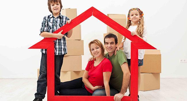 Изображение - Правительство одобрило льготную ипотеку для семей с 4-мя и более детьми proxy?url=https%3A%2F%2Fipotekaved.ru%2Fwp-content%2Fuploads%2F2018%2F03%2FSemya-1