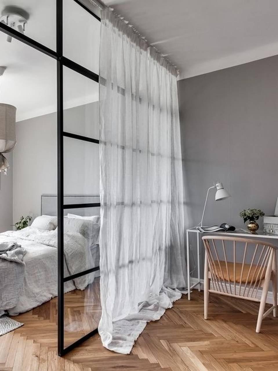 Изображение - Свежий взгляд на современный интерьер спальни proxy?url=https%3A%2F%2Fmossebo.studio%2Fwp-content%2Fuploads%2Fc7f855722f1e2f97d0d5f84ca3f69335-sliding-bedroom-doors-loft-bedrooms-Cropped-min
