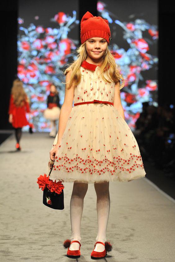 Изображение - Как выбрать нарядное платье для девочки proxy?url=https%3A%2F%2Fpix-feed.com%2Fwp-content%2Fuploads%2F2018%2F07%2Fdefd968a1d26e29b2e6c38459a33b3c0