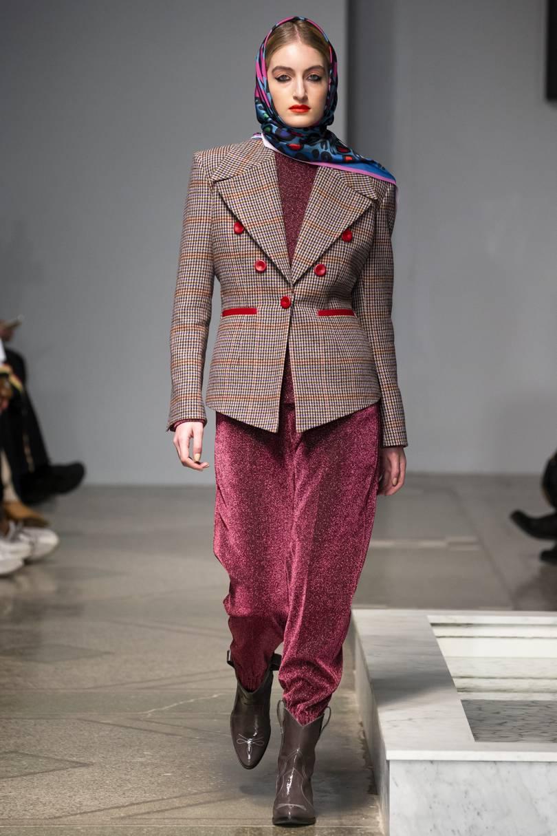Изображение - Новые тенденции моды 2019 года proxy?url=https%3A%2F%2Fpix-feed.com%2Fwp-content%2Fuploads%2F2018%2F09%2Fsayya_aw18_004