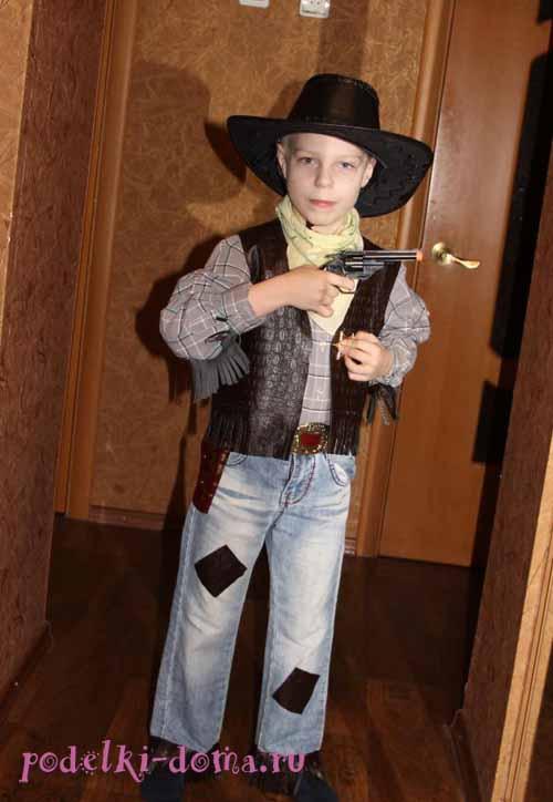 Изображение - Подарок мальчику быку (корове) на день рождения proxy?url=https%3A%2F%2Fpodelki-doma.ru%2Fwp-content%2Fuploads%2F2014%2F01%2Fkostum-cowboy