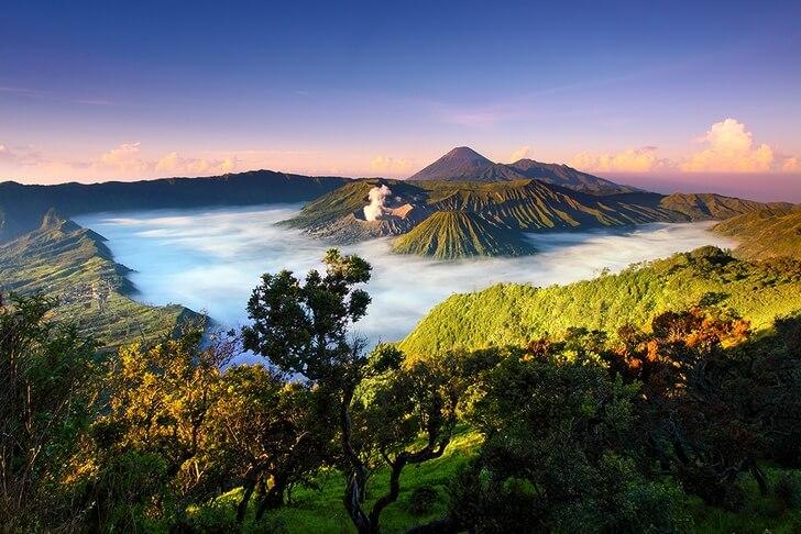 Изображение - Республика индонезия достопримечательности proxy?url=https%3A%2F%2Ftop10.travel%2Fwp-content%2Fuploads%2F2016%2F06%2Fbromo