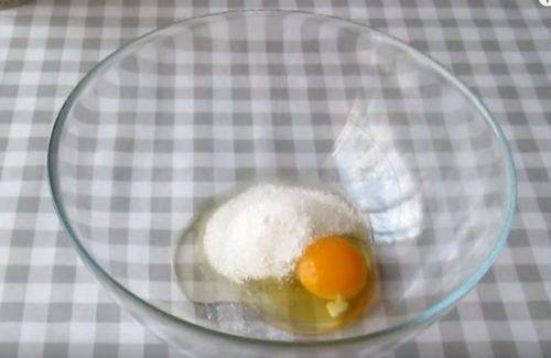 лучший рецепт пышных оладьев на кефире