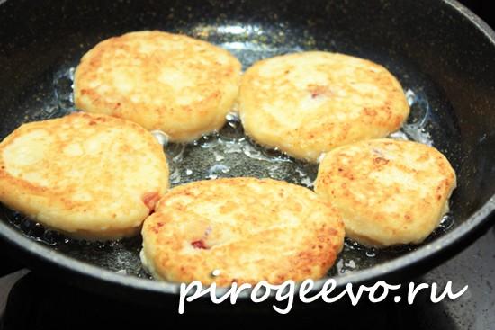 рецепт сырников из творога с манкой