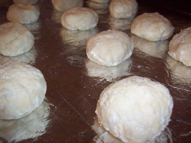 как готовить сырники из творога простой рецепт в духовке