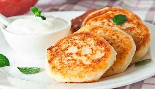 рецепт сырников из творога классические пошаговый рецепт с манкой