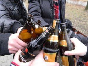 Изображение - Распитие алкогольных напитков в общественных местах статья proxy?url=https%3A%2F%2Fzdorovnet.ru%2Fwp-content%2Fuploads%2F2017%2F08%2F80917-kolme-preparat-pri-alkogolizme-cena-v-kieve1-300x225