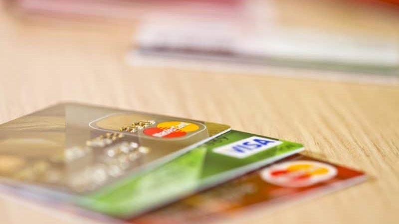 Изображение - Через какой срок на кредитную карту начисляют процент proxy?url=https%3A%2F%2Fznaemdengi.ru%2Fwp-content%2Fuploads%2F2018%2F07%2Fkakoj-procent-po-kreditnoj-karte-sberbanka-posle-lgotnogo-perioda1-e1532544457559